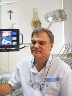 д-р Димитър Колев