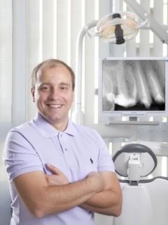 д-р Петко Петков